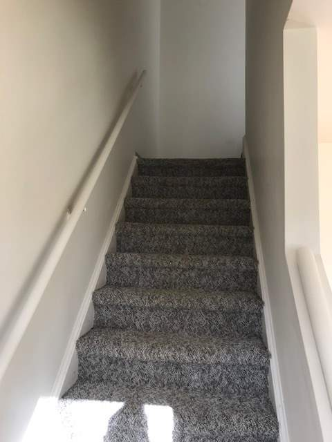 image 2 unfurnished 2 bedroom Apartment for rent in Dovercourt, Edmonton Central