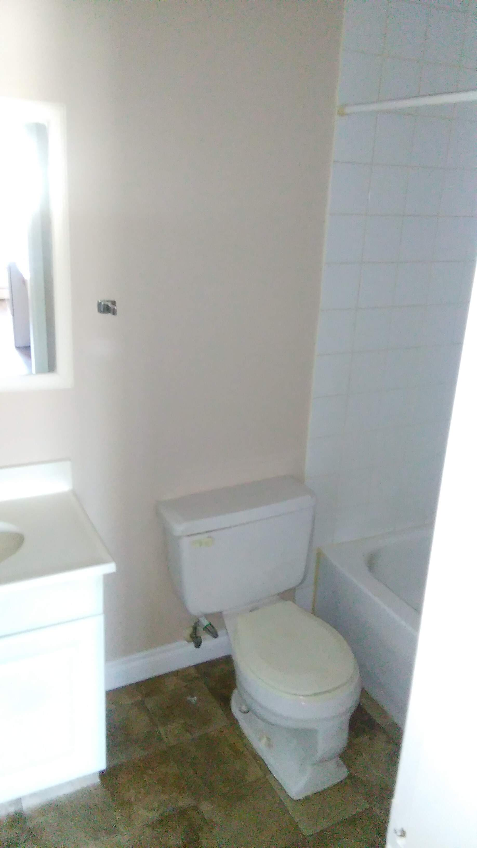 image 6 unfurnished 1 bedroom Apartment for rent in Strathcona, Edmonton South Central
