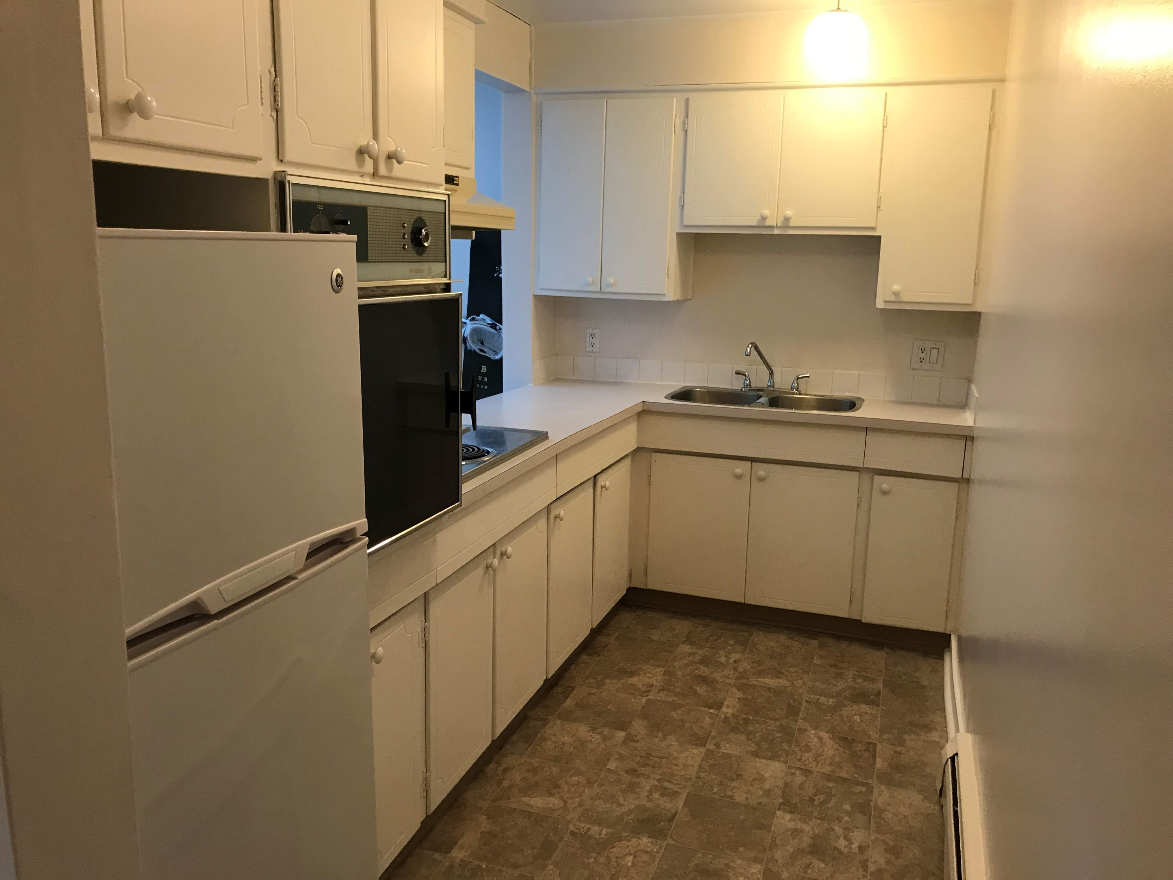 image 6 unfurnished 3 bedroom Apartment for rent in Grandview Heights, Edmonton South Central