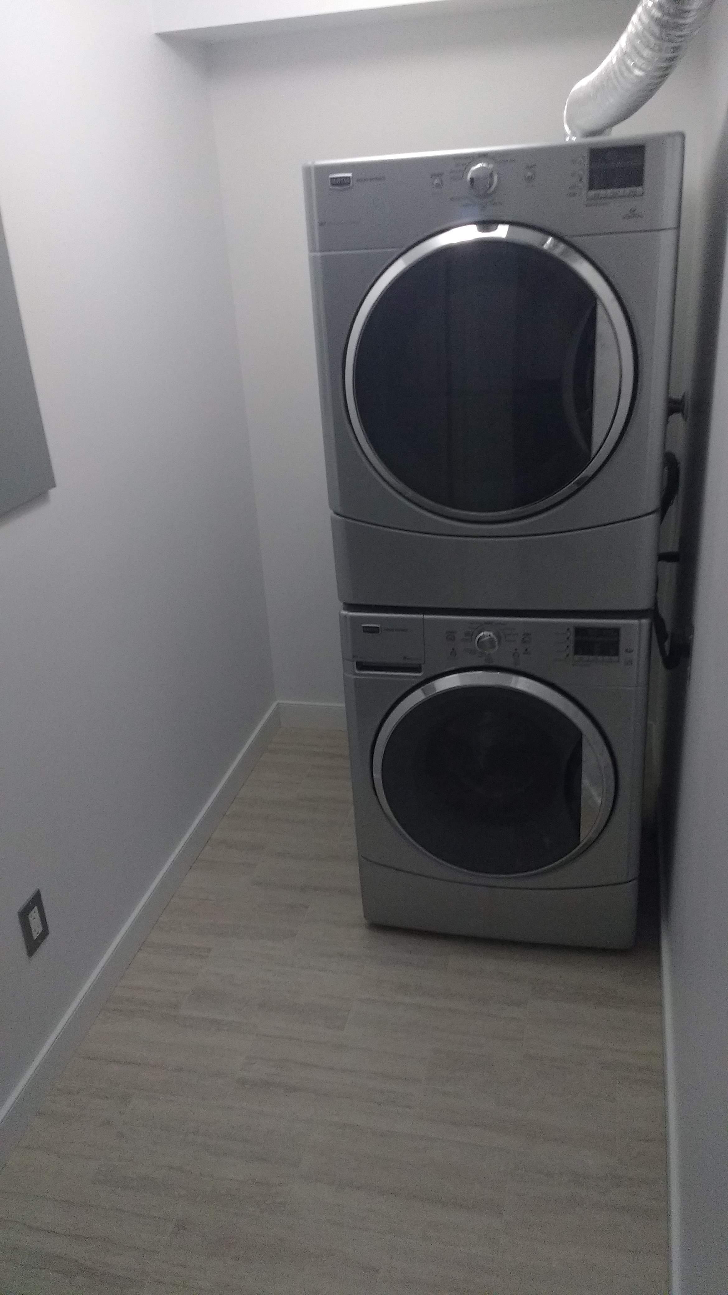 image 5 unfurnished 1 bedroom Apartment for rent in Oliver, Edmonton Central